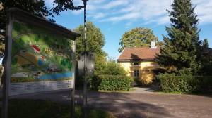 Hallitus kokoontui syyskuussa suunnittelemaan tulevaa toimintakautta Tuorlan majatalon miljöössä.